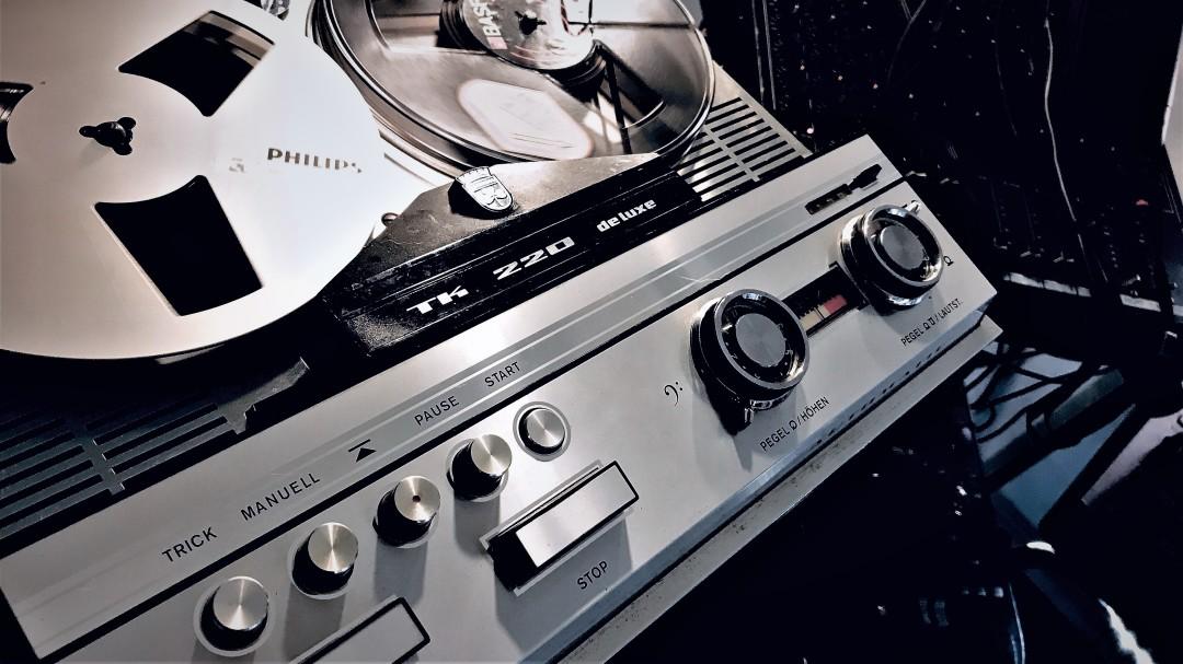 Grundig TK 220 Deluxe